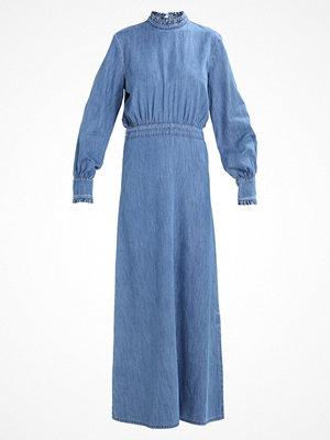 Just Female ROCKET DRESS Jeansklänning light blue denim