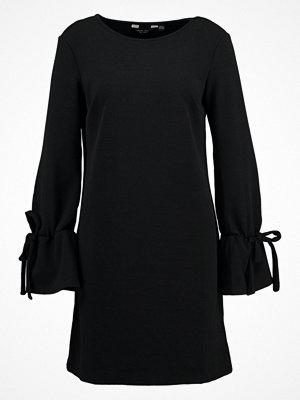 Dorothy Perkins TIE SLEEVE SHIFT Sommarklänning black