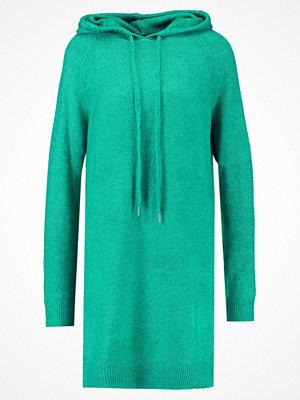 Vero Moda VMRANA HOODIE DRESS Stickad klänning pepper green/melange