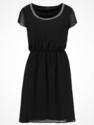 Only ONLNETE DAFNE CAP SLEEVE DRESS Cocktailklänning black