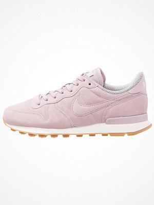 Nike Sportswear INTERNATIONALIST Sneakers particle rose/vast grey/sail/light brown