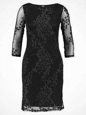 Wallis EMBROIDERED DRESS Cocktailklänning black