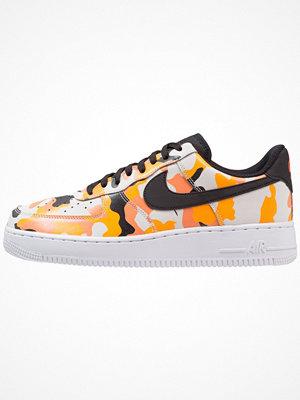 Nike Sportswear AIR FORCE 1 '07 LV8 Sneakers team orange/black/circuit orange/light orewood brown/white
