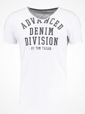 Tom Tailor Denim VNECK TEE Tshirt med tryck white