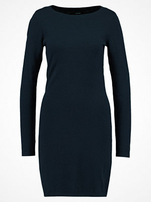 Vero Moda VMKARIS DIXON BOATNECK DRESS BOO Stickad klänning salute