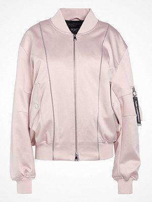 Karl Lagerfeld Bomberjacka crystal pink