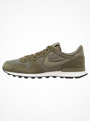 Nike Sportswear INTERNATIONALIST SE Sneakers medium olive/sail/black