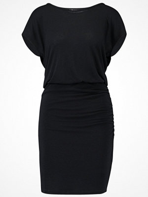 Only ONYLILO DRESS Jerseyklänning black