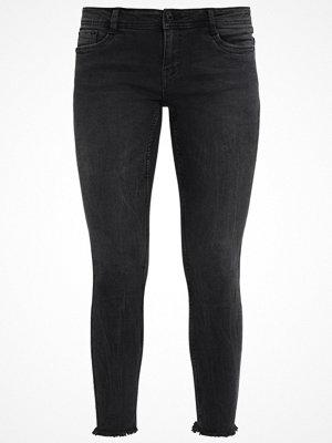 Vero Moda VMFIVE DESTROYED HEM ANKLE  Jeans Skinny Fit black