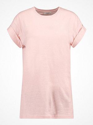 MOSS Copenhagen ALVA PLAIN TEE Tshirt bas peachskin