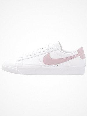 Nike Sportswear BLAZER Sneakers white/particle rose
