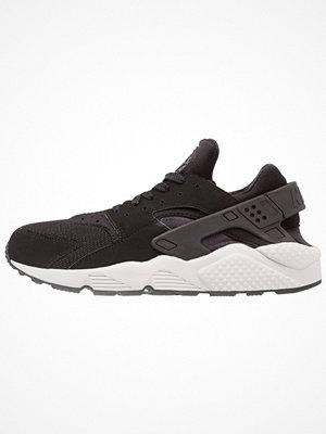 Nike Sportswear AIR HUARACHE Sneakers black/pure platinum
