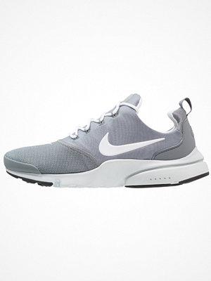 Nike Sportswear PRESTO FLY Sneakers cool grey/white/pure platinum/black