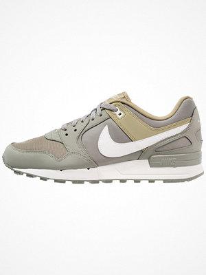 Nike Sportswear AIR PEGASUS '89 Sneakers dark stucco/summit white/neutral olive