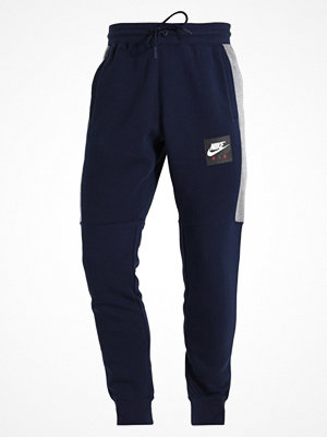 Nike Sportswear AIR JOGGER Träningsbyxor obsidian/carbon heather/white