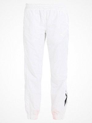 Reebok Classics PANT Tygbyxor white vita