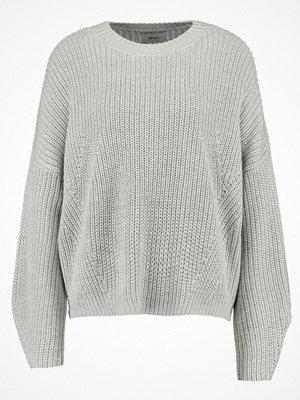 Only ONLMALIA  Stickad tröja light grey melange