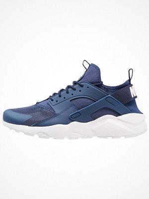 Nike Sportswear AIR HUARACHE RUN ULTRA Sneakers navy/white
