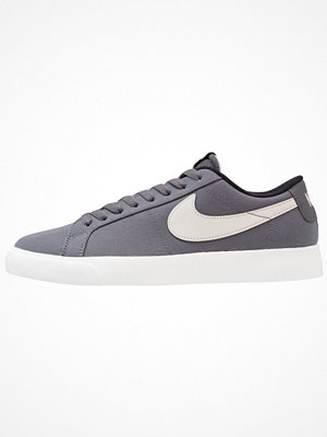Nike Sb BLAZER VAPOR TXT Sneakers dark grey/light bone/white/black