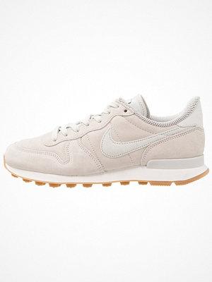 Nike Sportswear INTERNATIONALIST Sneakers light bone/phantom/sail light brown