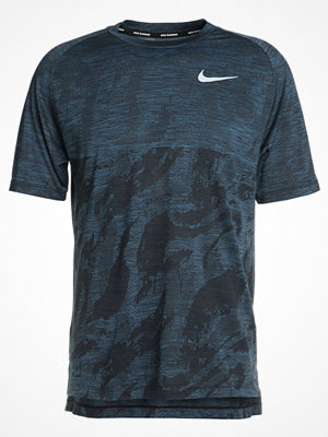 Nike Performance DRY MEDALIST Tshirt med tryck black/blue force/reflective silver