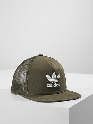 Kepsar - Adidas Originals TREFOIL TRUCKER Keps night cargo/white