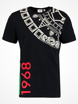 Adidas Originals COMMERCIAL Tshirt med tryck black