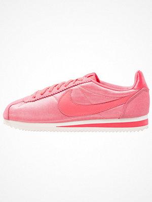 Nike Sportswear CLASSIC CORTEZ NYLON Sneakers sea coral/tropical pink/sail