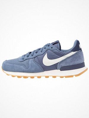 Nike Sportswear INTERNATIONALIST Sneakers diffused blue/summit white/neutral indigo/sail/light brown