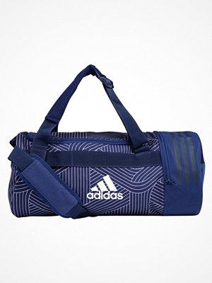 Sport & träningsväskor - Adidas Performance CONVERTIBLE DUFFLE Sportväska noble indigo/collegiate navy/white
