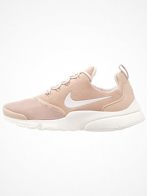 Nike Sportswear PRESTO FLY Sneakers sand/desert sand/sail