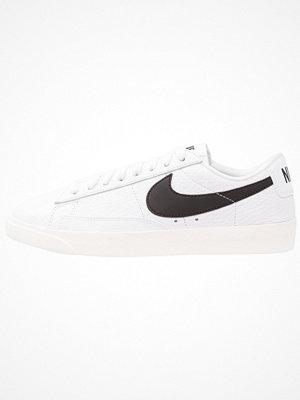 Nike Sportswear BLAZER LOW PRM Sneakers white/black/sail