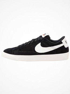 Nike Sportswear BLAZER LOW SD Sneakers black/sail