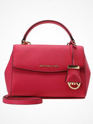 Handväskor - MICHAEL Michael Kors AVA CROSSBODY  Handväska pink