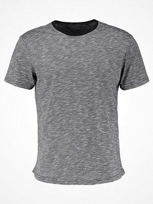 Zalando Essentials Tshirt bas mottled dark blue/mottled black