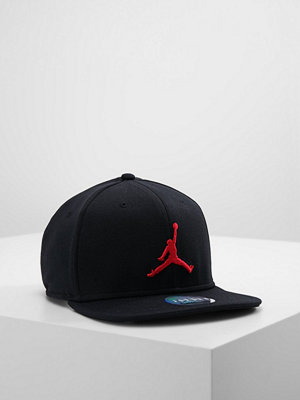 Kepsar - Jordan JUMPMAN SNAPBACK Keps black/gym red