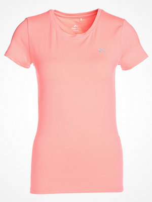 Only Play ONPCLARISSA TRAINING TEE OPUS Tshirt med tryck lipstick pink