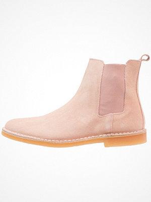 Boots & kängor - Selected Homme SHHROYCE CHELSEA BOOT Stövletter nude