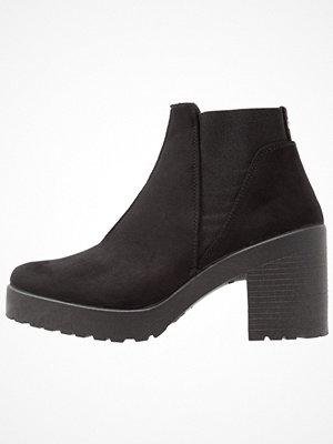 Boots & kängor - Topshop BILLIE HEEL Ankelboots black