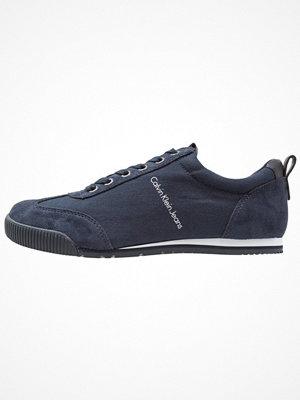 Sneakers & streetskor - Calvin Klein Jeans WOLVERING MARTIN Sneakers indigo