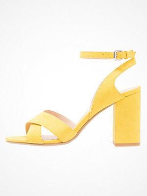 Even&Odd Sandaletter yellow
