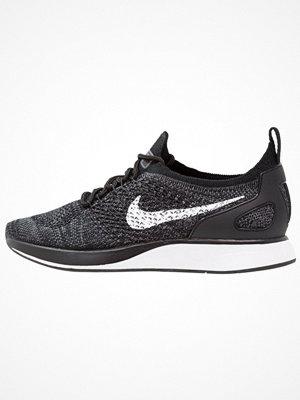 Nike Sportswear AIR ZOOM MARIAH FK RACER Sneakers black/white/dark grey