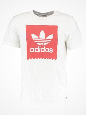 Adidas Originals SOLID Tshirt med tryck white/trasca