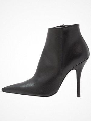 Boots & kängor - Topshop HEAT Klassiska stövletter black