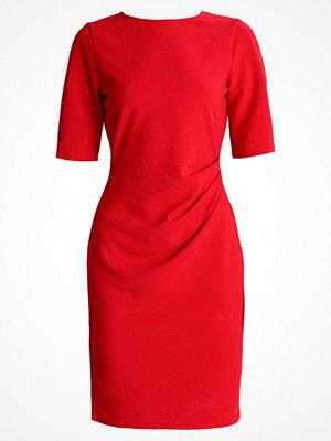 Dorothy Perkins MANIPULATED SIDE DRESS Fodralklänning red
