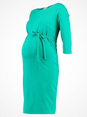 Mamalicious MLTARRA 3/4 DRESS Fodralklänning pepper green