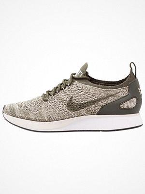 Nike Sportswear AIR ZOOM MARIAH FK RACER Sneakers cargo khaki/summit white/light bone/black/neutral olive