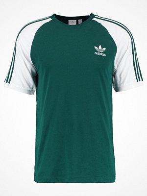 Adidas Originals ADICOLOR 3STRIPES TEE Tshirt med tryck collegiate green