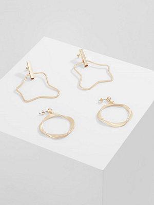 Vero Moda örhängen VMIBBIE EARRING 2PACK Örhänge goldcoloured