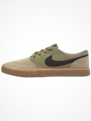 Nike Sb SOLARSOFT PORTMORE II Sneakers medium olive/black/medium brown